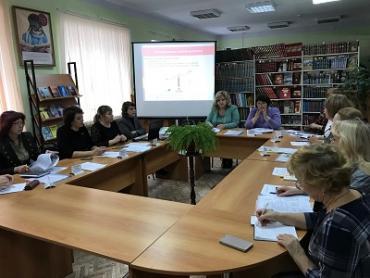 В День учителя Десант наставников Ульяновской области работал в Новоульяновске